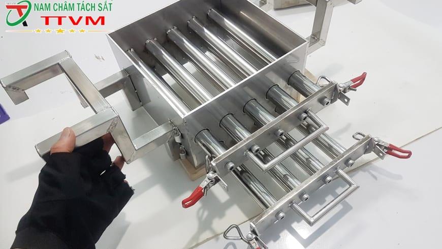 Nam châm lọc sắt trong công nghiệp thực phẩm